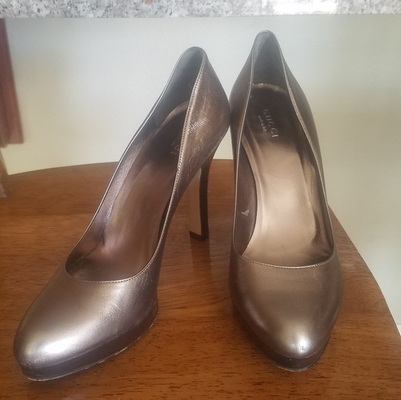 fed11cc98 Gucci Shoes | Pewter Metallic Gray Semi Pointed Toe Pumps | Poshmark